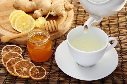 Lemon Ginger Tea: Benefits, How to Make, Side Effects | Herbal Teas ...