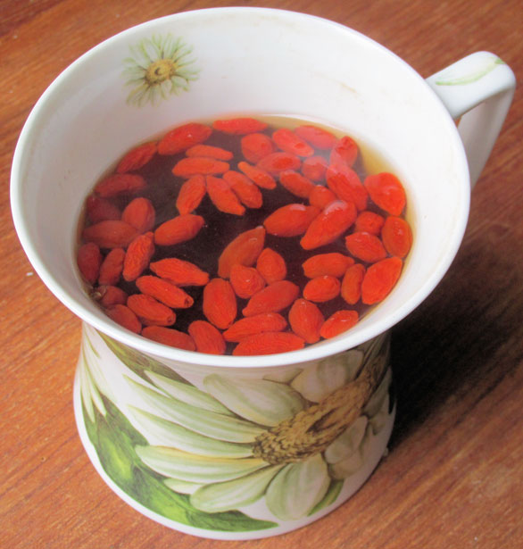 Goji berry tea