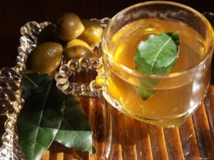 Bay Leaf Tea Pictures